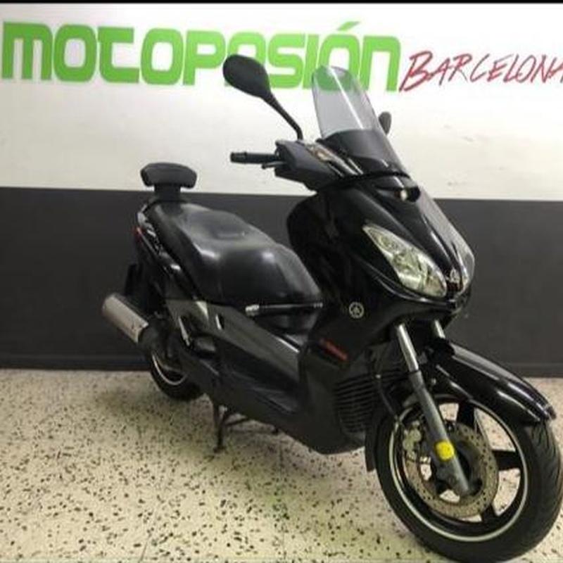 YAMAHA XMAX 125:  de Motopasión Barcelona