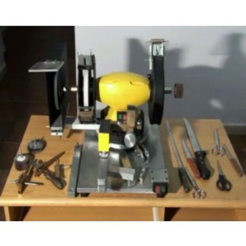 Claumar. Máquina semiautomatica: Productos y servicios de Technic-Clau