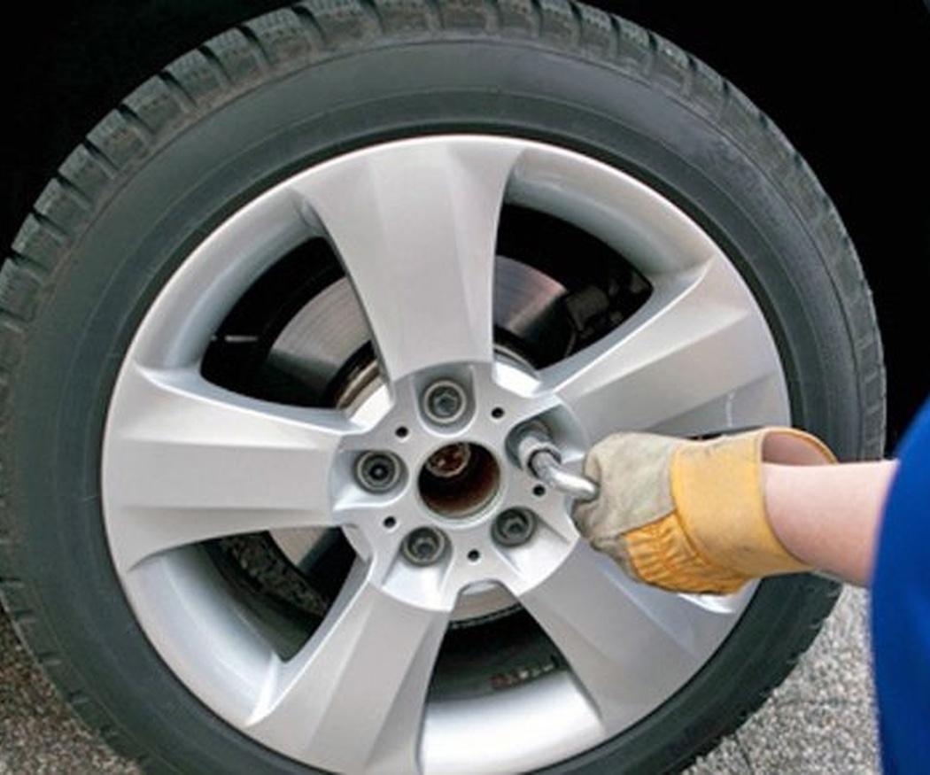 Consejos para cuidar los neumáticos de tu coche