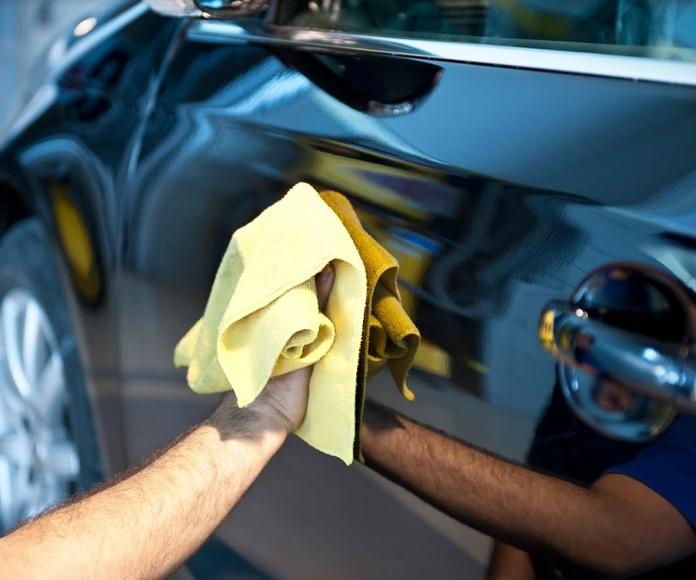 Lavado de coches: Servicios de Lavados y Engrases Huelva