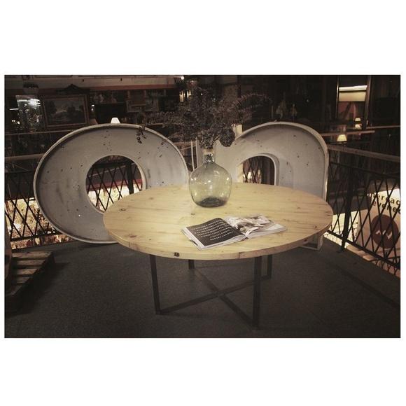 PFF. 002 · Mesa redonda: Muebles de Paletto´s Furnature