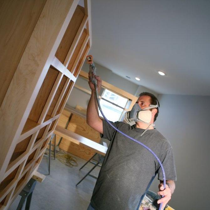 Lacados y barnizados para restaurar muebles