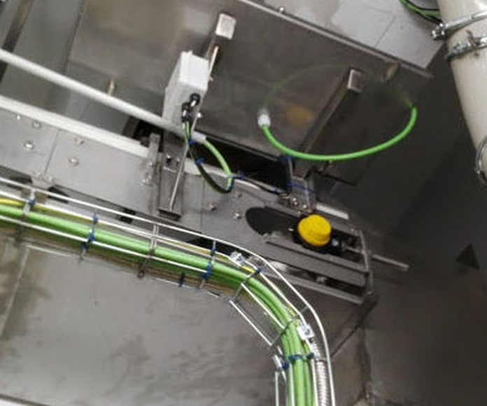 Montaje Puerta resistencia al fuego cinta transportadora