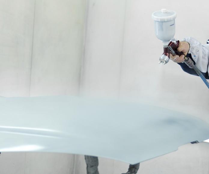 Chapa y pintura en vehículos: Servicios de Innovacar Tenerife