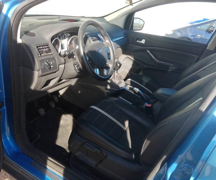 Ford Kuga: Servicios  de Autotaxi Eliseo