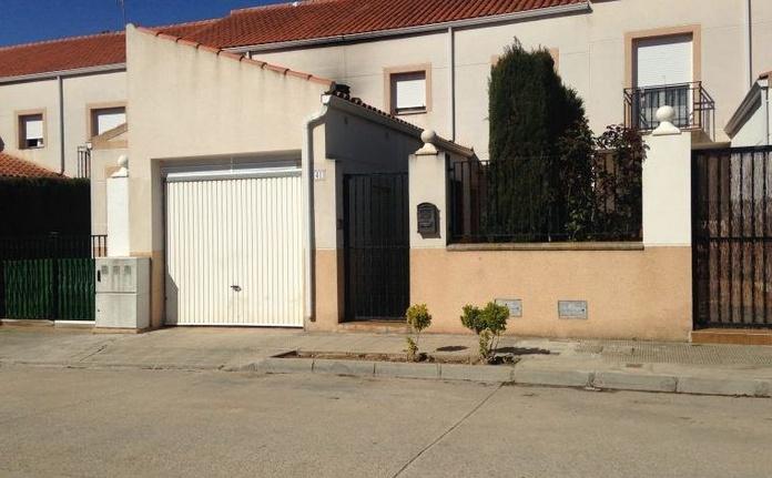Venta de casa en Tulipanes: Inmuebles de Inmobiliaria Minerva