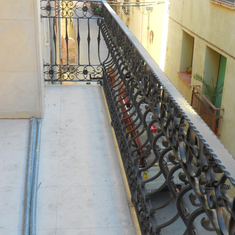 Barandilla de hierro forjado: Trabajos realizados de Global Metall, S.C.P.