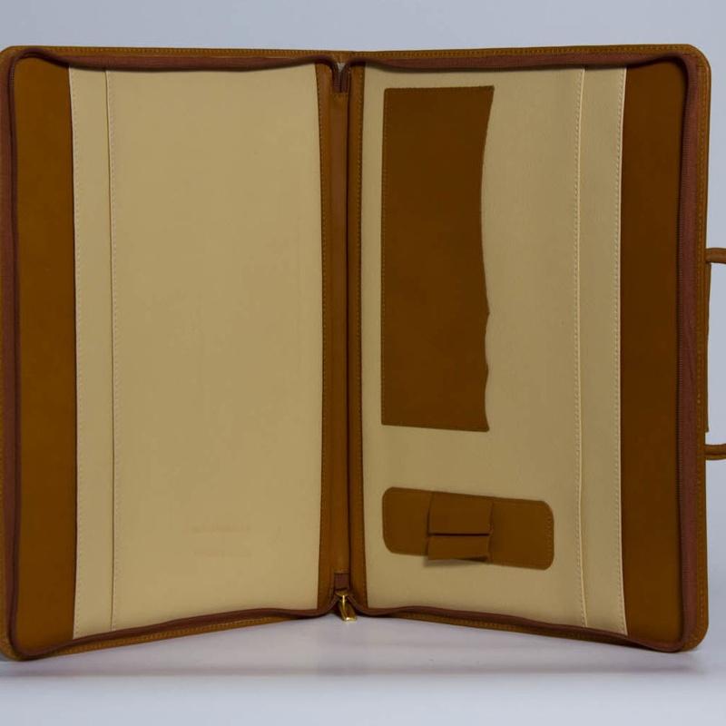 Carpeta De Mano PD-01455: Catálogo de M.G. Piel