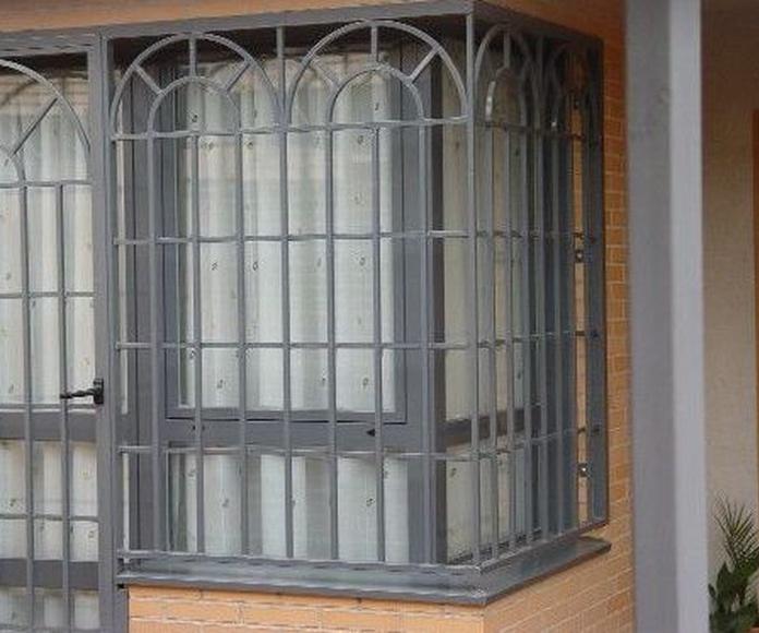 Rejas abatibles: PRODUCTOS de Carpintería Metálica Granada, S.L.