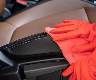 Ventajas de limpiar el interior de tu coche de manera frecuente