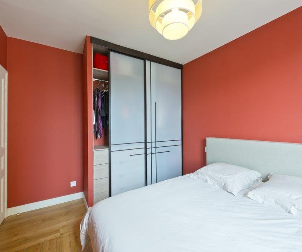 Qué puertas elegir para tu armario ropero