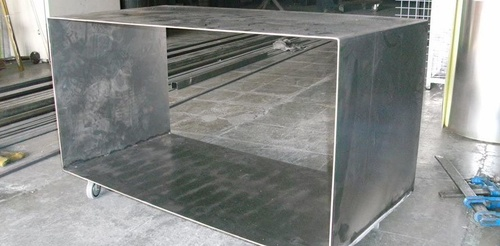 Metalistería en hierro, acero, latón y aluminio