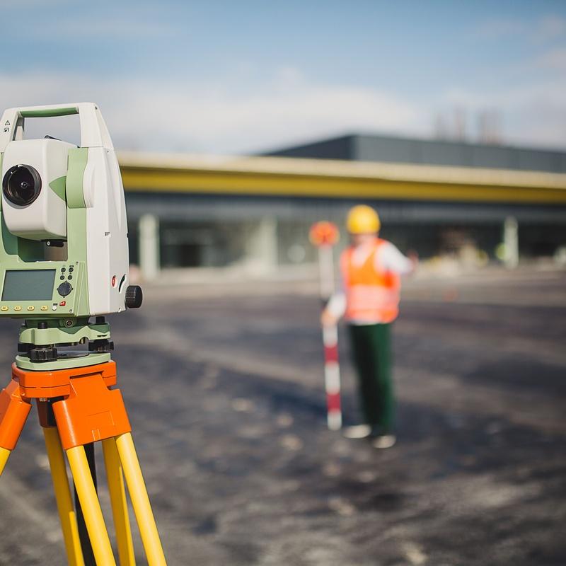 Topografía: Servicios de Àrea de Geotècnia i Enginyeria de Terreny