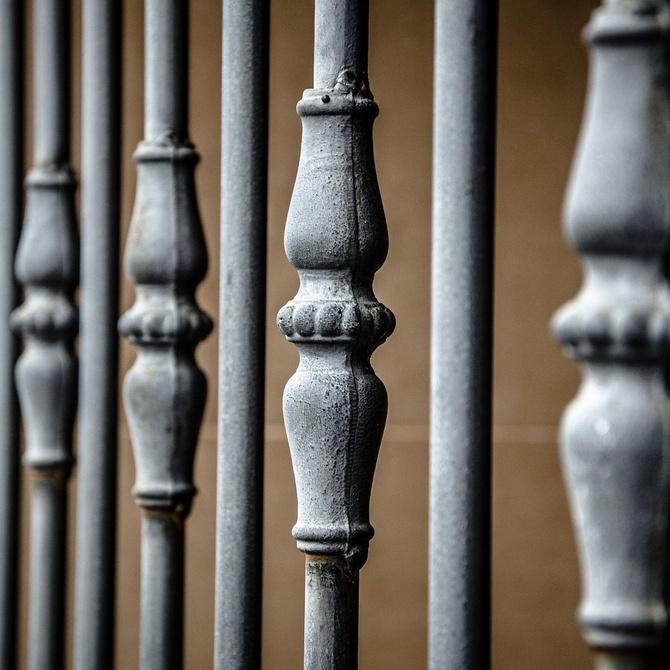 Por qué instalar rejas de hierro