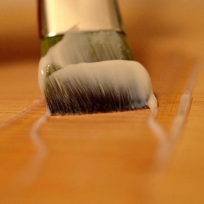 El barniz y la madera