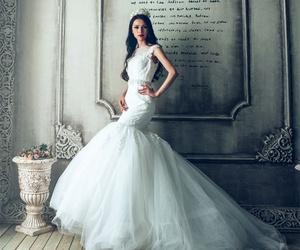 Confección de trajes de novia en Soria