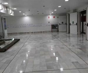 Instalación de electricidad en gran superficie