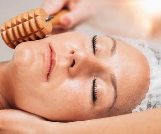 Masaje relajante: Tratamientos  de Sol Acacias