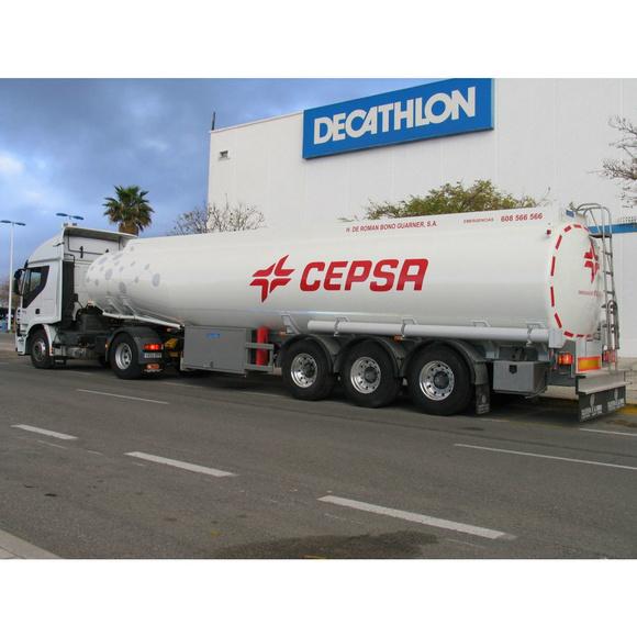 Producción de cisternas de aluminio para el transporte de fluidos : Productos y servicios de Caldal