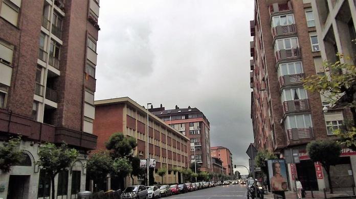 Piso en Marques de la Hermida: Inmobiliaria y Reformas de InmoHappy Santander