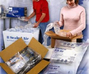Fabricación y comercialización de productos plásticos, papel y embalajes