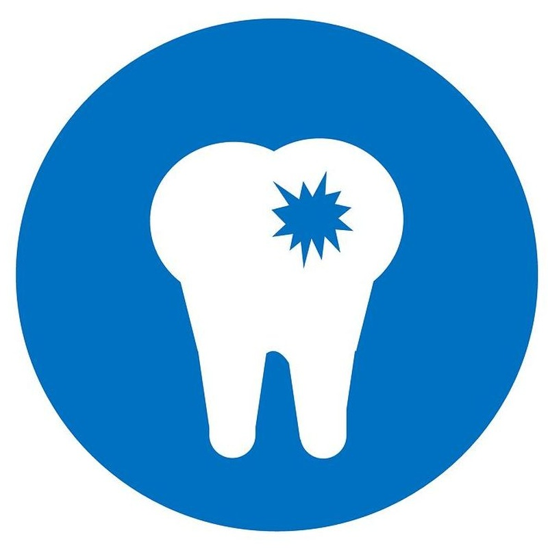 Implante DENTAL: Tratamientos de Clínica BP Bucal y Podológica