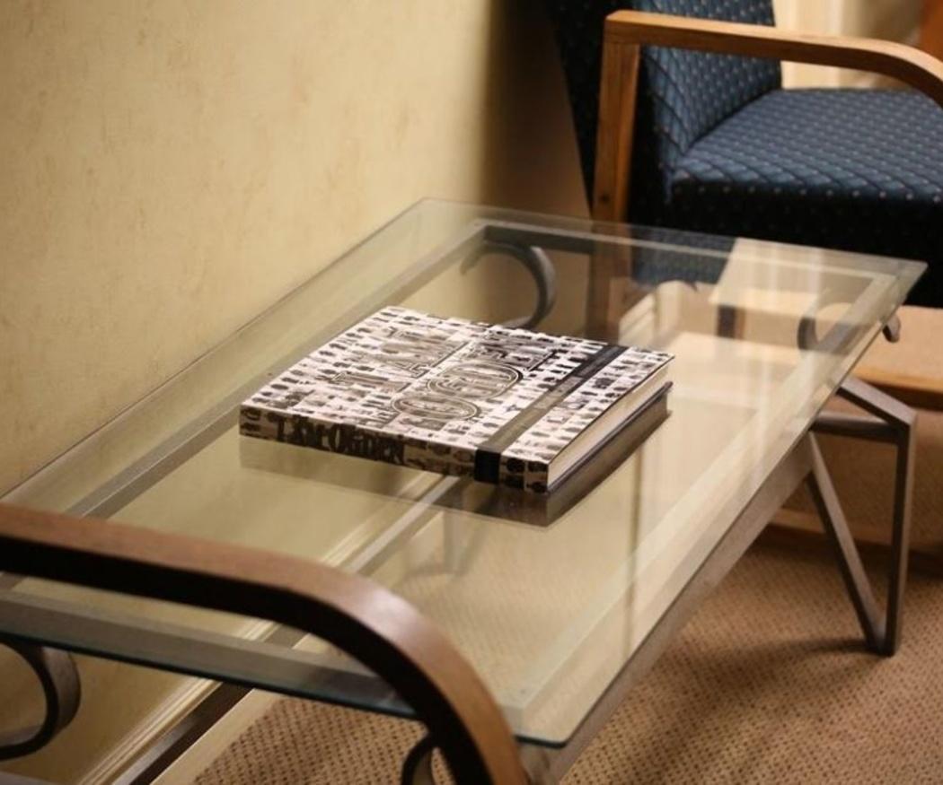 El mantenimiento de las mesas de cristal
