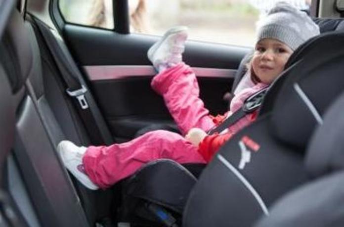 Cambios en la normativa de las sillas de coche 2017