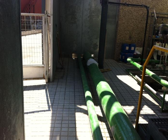 Pavimentos impermeabilizados y con terminación de terrazo hidráulico en zonas industriales. Aciturri (Madrid)