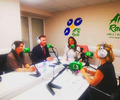 Entrevista en APQ Radio por Paula Bango