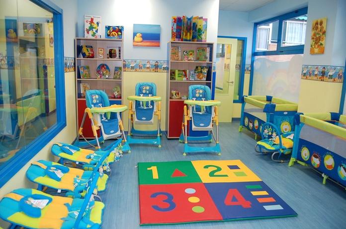 Horarios y menús: Nuestros servicios de Peques School