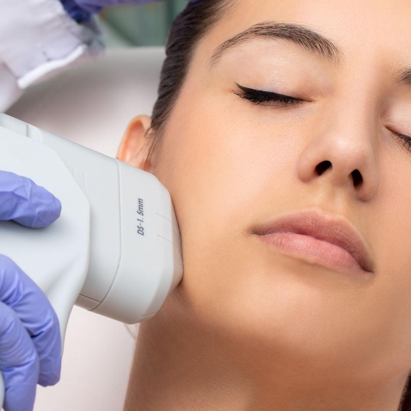HIFU (Tratamiento extra reafirmante): Tratamientos de estética de Clínica Estética Loveliness