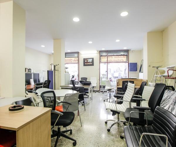 Calaixeres d'oficina a L'Eixample de Barcelona