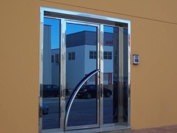 Puertas de aluminio: Productos de Aluminios Alejandro - Alemar