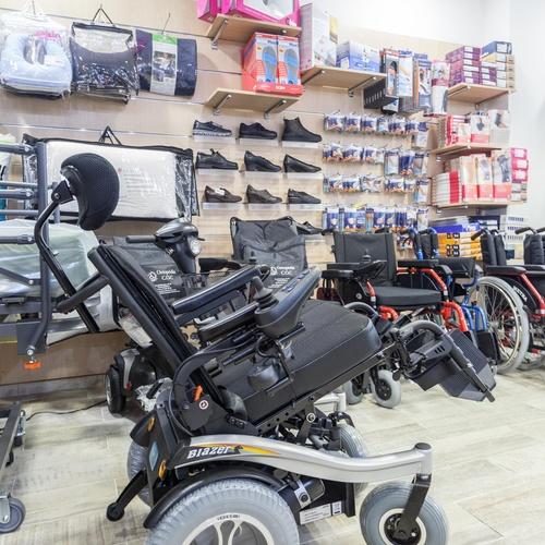 Alquiler de sillas de ruedas en Castelldefels | Ortopedia C.O.C.