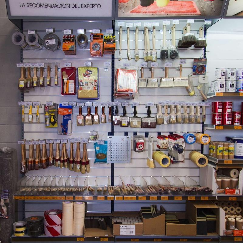 Herramientas: Productos y Servicios de AUTO PINTURAS FUENGIROLA