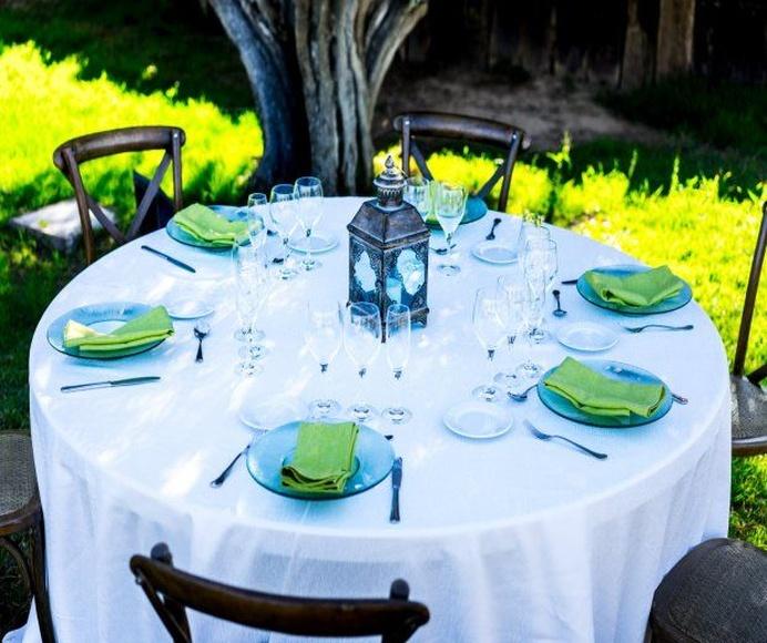 Mantel redondo blanco brillo: Alquiler de Mantelería & Menaje