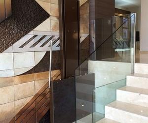 Somos colaboradores de Loccometrica  fabricantes de elevadores a medida  para minusvalidos