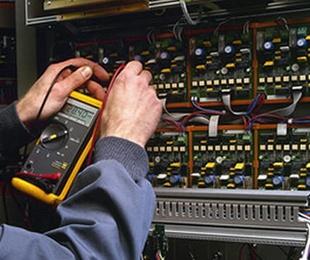 Facility Management / Mantenimiento de edificios y locales