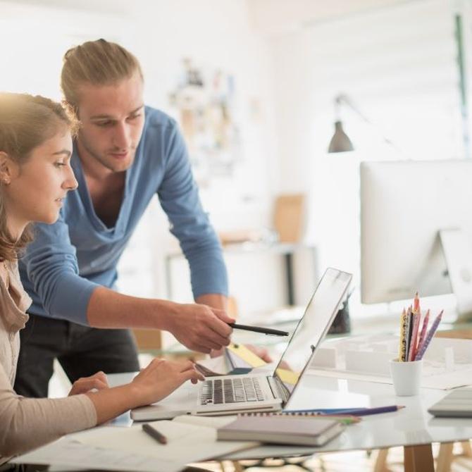 Beneficios de empezar a trabajar antes de terminar la universidad