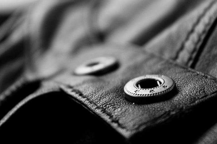 Broches y botoneras: Servicios de Sews - taller de costura, arreglos de ropa