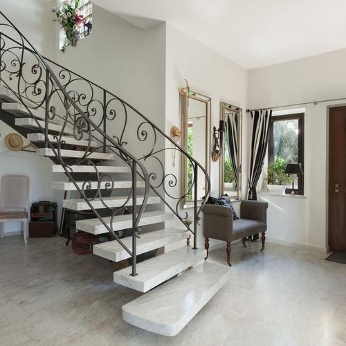 Escaleras de mármol y granito en Guadalajara