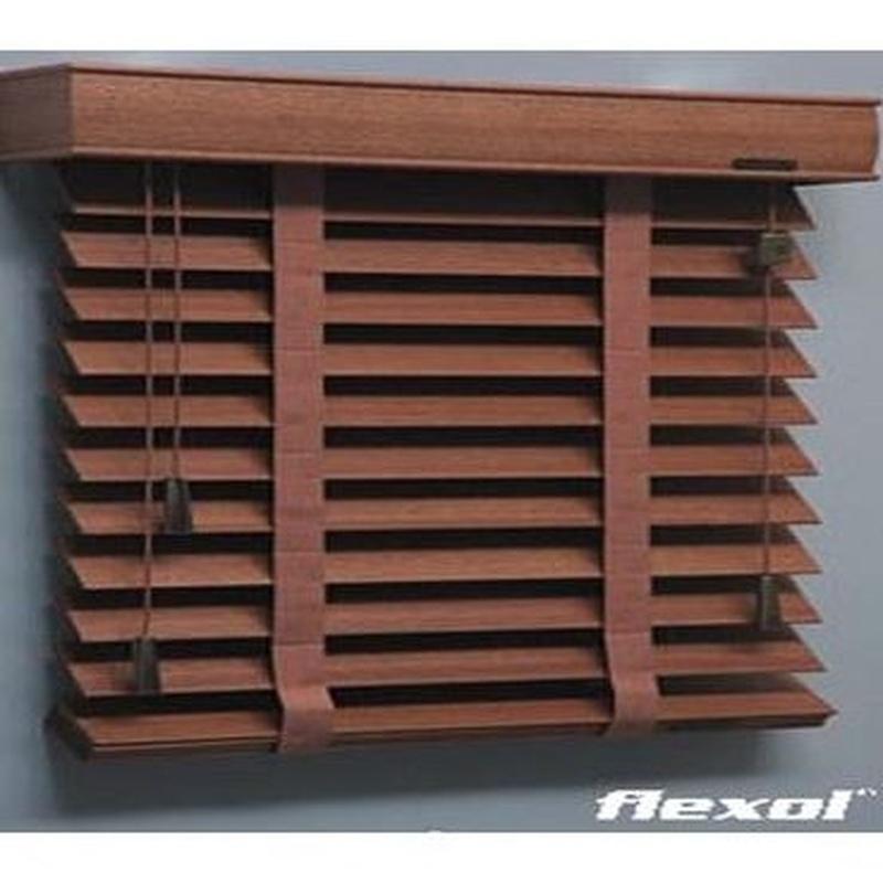 Venecianas de aluminio y madera: Productos y servicios de Persianas Muñoz Castillo, S. L.
