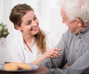 Acompañamiento de personas mayores