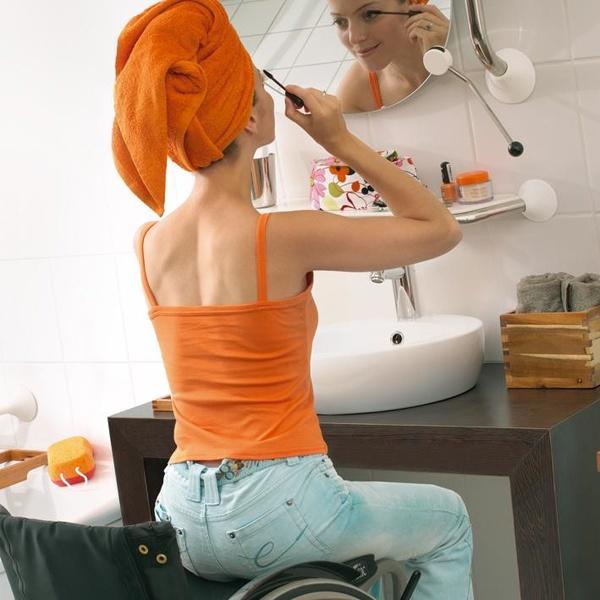 Asideras para baño con soporte para espejo