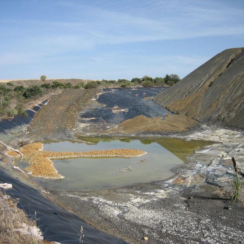 Lixiviados de escombreras en minería del Uranio (Salamanca)