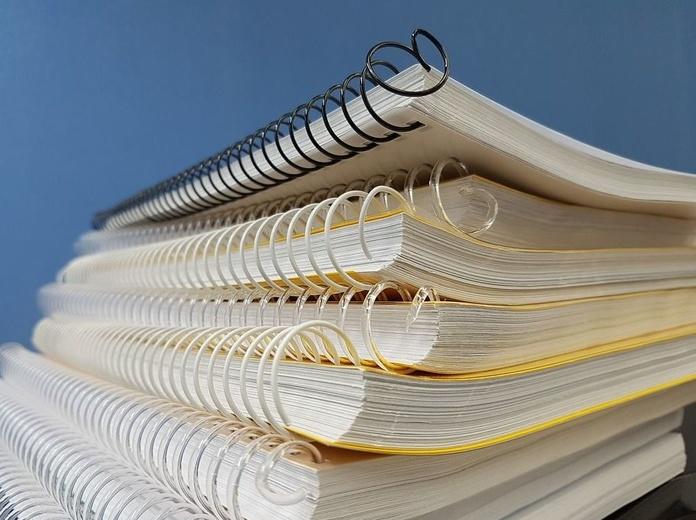 Cuaderno con folio en blanco