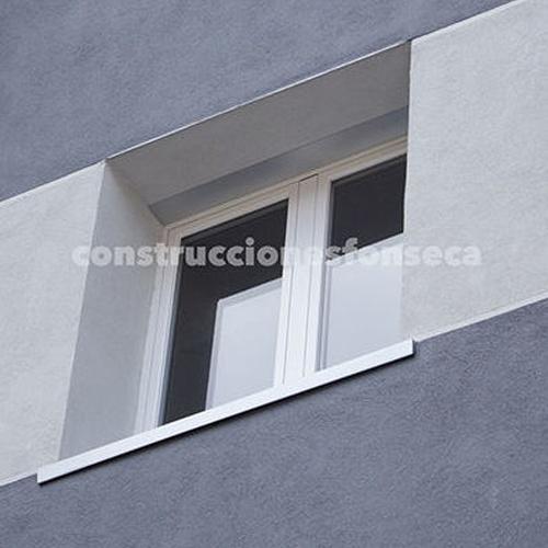 Rehabilitación de fachadas Vitoria. Detalle Reyes de Navarra, 48
