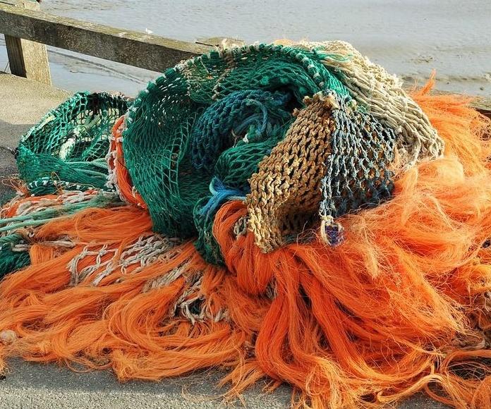 Hundimiento de un pesquero gallego en Asturias