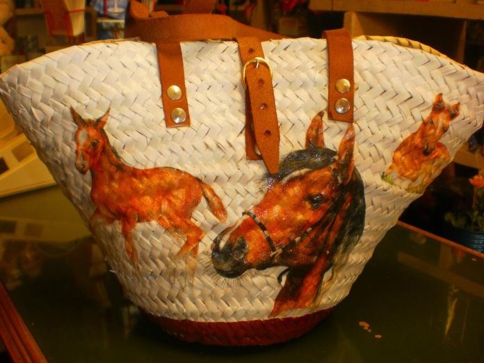 especial cestas: Productos y servicios de Floristería Rosella